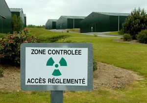 Des enfants gardés dans une maison radioactive?