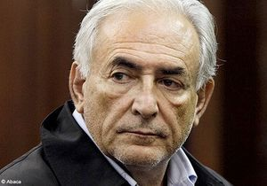 DSK inculpé, et libéré sous caution