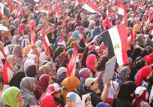 Egypte : trois manifestantes tuées à l'arme blanche