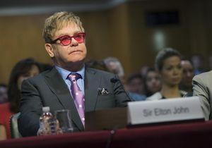 Elton John veut discuter des droits des homosexuels avec Vladimir Poutine