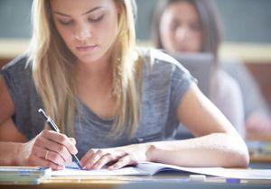 Endométriose : briser le tabou dans les collèges et les lycées