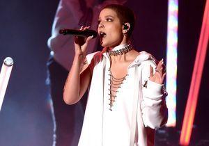 Endométriose : la photo choc de la chanteuse Halsey
