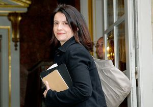 Entre Paris et le gouvernement, Duflot a fait son choix