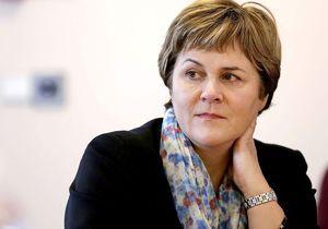 Fatiguée par le jeu politique, Dominique Voynet renonce