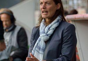 Foot : Corinne Diacre, une femme pour entraîner les Bleues !