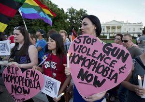 Fusillade à Orlando : Hillary Clinton s'adresse à la communauté gay