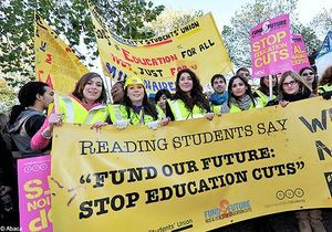 Grande-Bretagne : les étudiants redescendent dans la rue