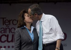 Guatemala : la première dame divorce pour devenir présidente