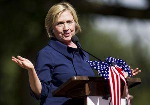 Hillary Clinton se défend d'avoir enfreint la loi américaine