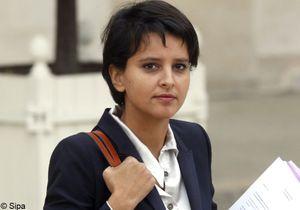 Homosexualité et livres scolaires : la ministre critiquée