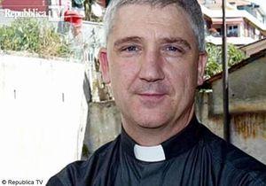 Italie : un curé accuse les femmes de provoquer les criminels