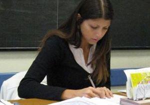 Italie : une prof jugée trop sexy pour enseigner