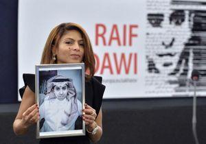 L'épouse du blogueur saoudien Raef Badaoui récompensée par le prix Sakharov