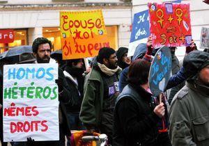 Les pro-mariage gay défilent à Paris