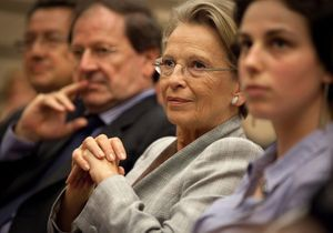 Michèle Alliot-Marie dénonce le «masochisme de la droite»