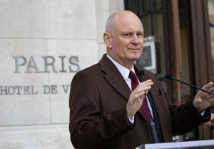 Paris : Anne Hidalgo exclut Christophe Girard de sa majorité