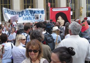 Paris se mobilise pour Sakineh place du Trocadéro