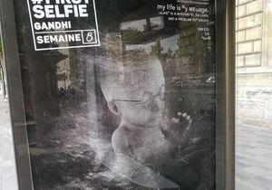 Paris : une nouvelle campagne anti-avortement attaque les abribus