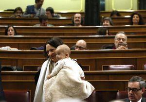 #PrêtàLiker : Diego, 6 mois, fait son entrée au parlement espagnol
