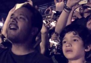 #PrêtàLiker : la folle émotion d'un enfant au concert de Coldplay