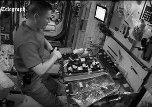 #PrêtàLiker : la minute de silence en direct de l'espace