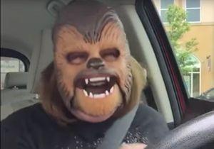 #PrêtàLiker : une mère de famille casse Internet avec son masque de Chewbacca