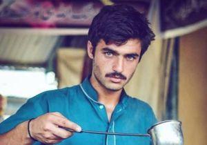 Qui est Arshad Khan, le vendeur de thé pakistanais qui fait craquer la Toile ?