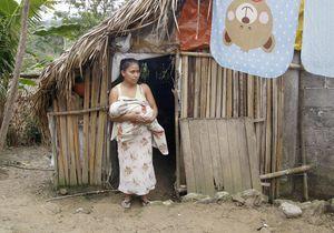 Refusées à l'hôpital, des Mexicaines accouchent dans la rue