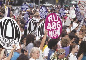 RU-486 : la pilule de la discorde racontée dans le docu « L'Autre Pilule, un combat pour les femmes »