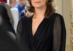 Ségolène Royal : Valérie Trierweiler « fait avec »