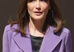 Séisme en Italie : Carla Bruni-Sarkozy « émue »