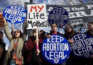 #ShoutYourAbortion : le hashtag qui défend l'avortement
