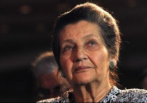 Simone Veil : le choc après la découverte de croix gammées taguées sur son portrait