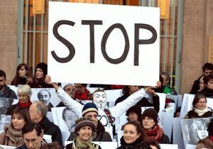 Syrie: la «vague blanche» réunit 1 millier de personnes à Paris