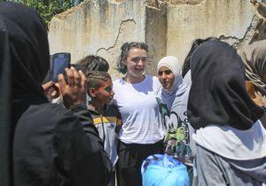 Trois acteurs de « Game of Thrones » à la rencontre des réfugiés en Grèce