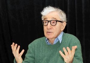 Woody Allen : il se dit « triste » pour Weinstein et crée le malaise