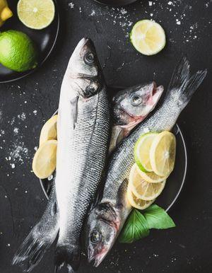 Manger du poisson diminuerait l'agressivité (et c'est la science qui le dit !)