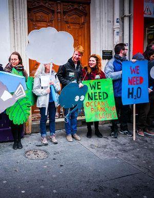 COP21 : trois idées qui ont permis de contourner l'interdiction de manifester