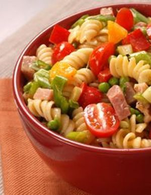 salades de pates recettes de cuisine salades de pates à table