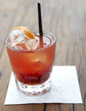 recettes de cocktails au whisky elle table. Black Bedroom Furniture Sets. Home Design Ideas