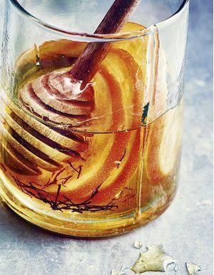 Rhum arrangé au miel, à l'orange et au safran