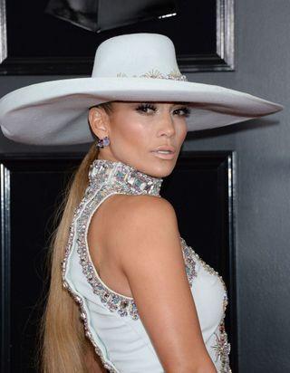 Voici la tendance coiffure n°1 repérée sur le tapis rouge des Grammy Awards