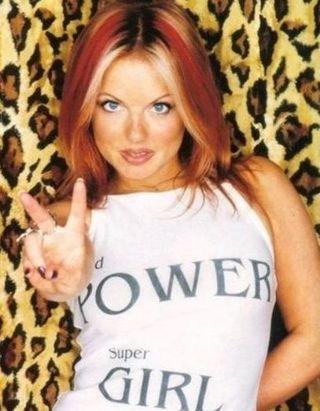 Geri Halliwell revient à son roux de l'époque ? Spice Girls ? et c'est toujours aussi canon