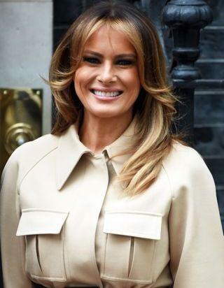 Melania Trump : voici pourquoi elle ne coupera jamais ses cheveux courts