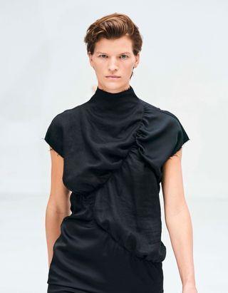 Fashion Week : 17 coupes courtes à la mode aperçues sur les podiums