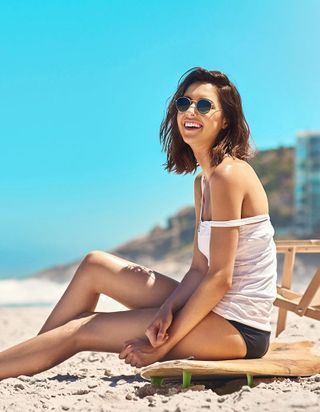 Les 4 commandements du maquillage de plage