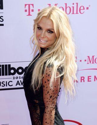 Britney Spears, on connaît son mascara fétiche et on l'adore aussi