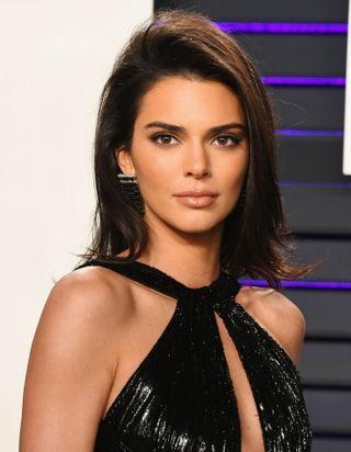 Kendall Jenner a l'astuce infaillible pour une bouche pulpeuse