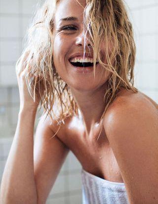 Cette astuce sous la douche va changer votre vie