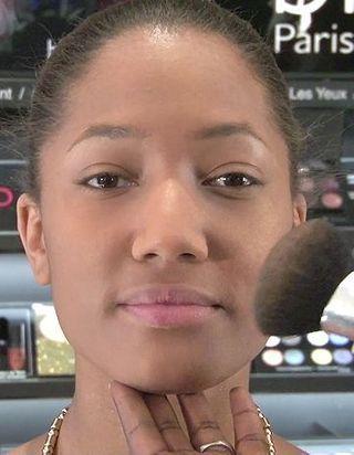 [VIDEO] Beautés noires et métissées: se faire un teint parfait